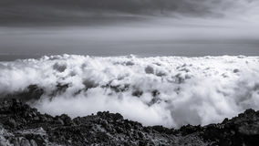 Wolken van de top van Onderstel Teide, Tenerife Royalty-vrije Stock Foto's