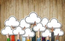 Wolken-verschiedene Verschiedenartigkeits-ethnische Ethnie-Symbol-Ikonen-Einheit Conce Stockfotos
