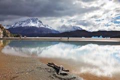 Wolken werden im Schmelzwasser reflektiert Stockfotografie