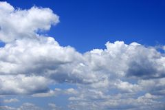 Wolkenachtergrond en hemel royalty-vrije stock afbeelding