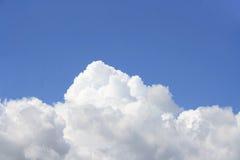 Wolkenanordnungen Stockfotos