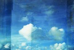 Wolkenanstrich auf altem grunge Segeltuch lizenzfreie abbildung