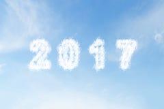 Wolkenform Nr. 2017 auf blauem Himmel Stockfotos