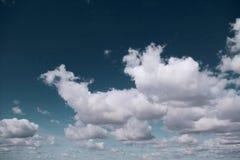 Wolkenhimmel Lizenzfreies Stockfoto