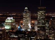 Wolkenkrabber bij Nacht Royalty-vrije Stock Fotografie
