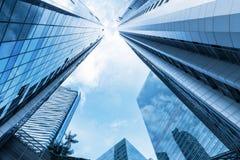 Wolkenkrabber en toren van commercieel centrum Stock Foto