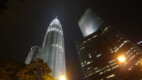 Wolkenkrabber van Petronas de Tweelingtorens in Kuala Lumpur Maleisië Royalty-vrije Stock Foto's