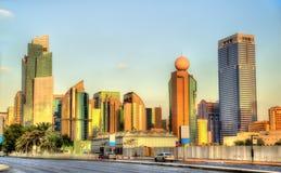Wolkenkrabbers in Abu Dhabi, het kapitaal van Emiraten stock foto
