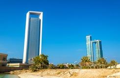 Wolkenkrabbers in Abu Dhabi, het kapitaal van Emiraten royalty-vrije stock foto