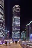 Wolkenkrabbers bij Lujiazui-gebied bij nacht, Shanghai, China Stock Fotografie