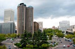 Wolkenkrabbers in Madrid Stock Afbeeldingen