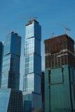 Wolkenkrabbers in Moskou onder constrution Royalty-vrije Stock Afbeeldingen