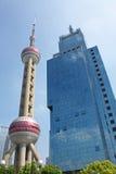 Wolkenkrabbers in Shanghai royalty-vrije stock afbeeldingen