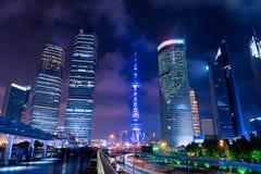 Wolkenkrabbers van Pudong, Shanghai, China Stock Foto
