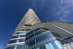 Wolkenkratzer in Abu Dhabi Stockfotografie