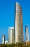 Wolkenkratzer in Abu Dhabi, das Kapital von Emiraten Lizenzfreie Stockfotografie