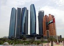 Wolkenkratzer in Abu Dhabi, Vereinigte Arabische Emirate Stockfoto