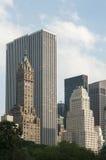 Wolkenkratzer auf New- York Cityskylinen Lizenzfreies Stockfoto
