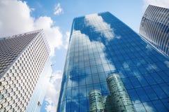 Wolkenkratzer in der La-Verteidigung, Paris, Frankreich Lizenzfreie Stockfotografie