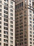 Wolkenkratzer, die abstrakte geometrische Formen in New York bilden Stockfoto