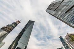 Wolkenkratzer, die Turmpudong-Skylineshanghai-Porzellan errichten Lizenzfreie Stockfotos