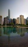 Wolkenkratzer im Abu Dhabi-Stadtzentrum, UAE Lizenzfreies Stockbild