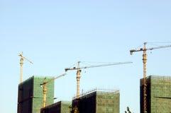 Wolkenkratzer im Bau Stockbilder