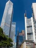 Wolkenkratzer im Finanzbezirk von Frankfurt, Deutschland Lizenzfreies Stockfoto