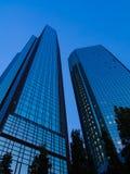Wolkenkratzer im Finanzbezirk von Frankfurt, Deutschland Stockbilder