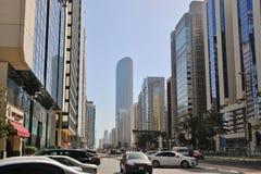 Wolkenkratzer im Finanzteil von Abu Dhabi Lizenzfreie Stockfotografie