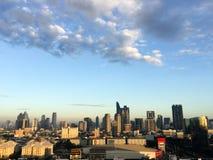 Wolkenkratzer, im Stadtzentrum gelegene Bangkok-Stadtbilder, Sonnenscheinmorgen, Thail stockfoto