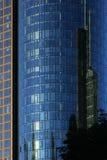 Wolkenkratzer im Wolkenkratzer Stockfoto