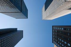 Wolkenkratzer in New York City lizenzfreie stockbilder