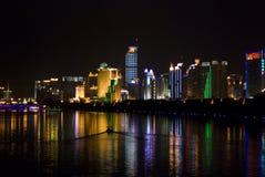 Wolkenkratzer-Reflexionen Lizenzfreie Stockfotografie