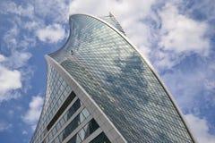 Wolkenkratzer, Turm, Fluss, Architektur, Stadt, Büro lizenzfreies stockbild