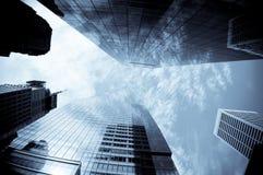 Wolkenkratzer und cloudscape Lizenzfreie Stockbilder