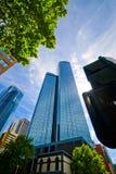Wolkenkratzer unter Himmel in Melbourne Australien Lizenzfreie Stockbilder