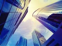 Wolkenkratzer vom niedrigen Winkel Stockfotografie