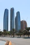Wolkenkratzer von Abu Dhabi, Vereinigte Arabische Emirate Stockfotos