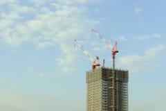 Wolkenkratzerbau Stockbild