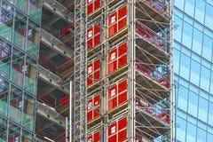 Wolkenkratzerbaugerüst, London, Großbritannien lizenzfreies stockfoto