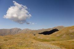 Wolkenschatten lizenzfreies stockfoto