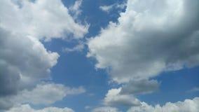 Wolkenstortbuien royalty-vrije stock afbeelding