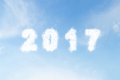 Wolkenvorm nummer 2017 op blauwe hemel Royalty-vrije Stock Foto's