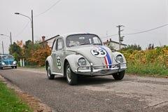 Wolkswagena typ - 1 ściga Herbie lata sześćdziesiąte zdjęcie stock