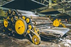 Wollproduktions-Fabrikmaschine Stockfotos