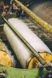 Wollproduktions-Fabrikmaschine Stockfoto