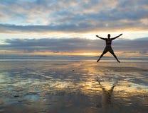 Wolność skok Zdjęcie Royalty Free