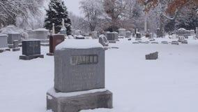 Wolny Niestały spacer przez cmentarza zbiory