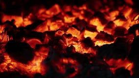 Wolny spalanie graby Embers zbliżenie zdjęcie wideo